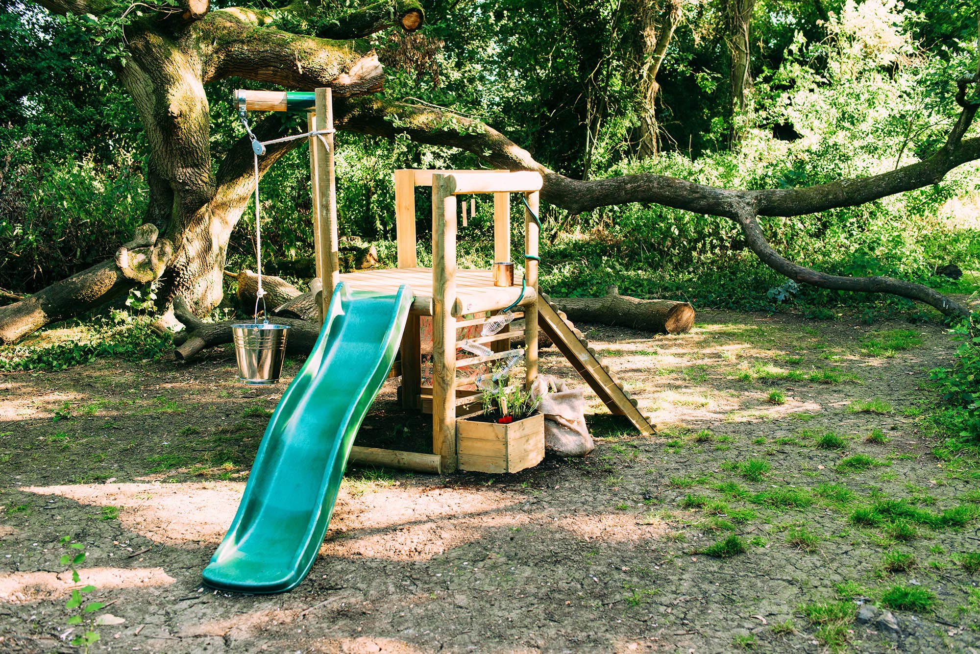 27622AA69_Plum_Discovery-Woodland-Treehouse_2